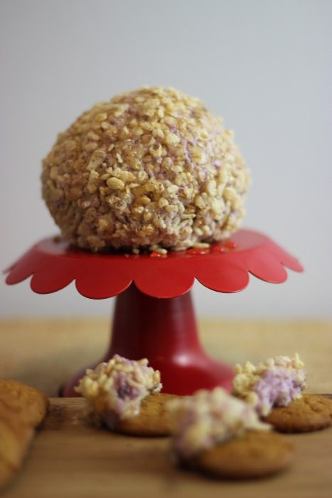 blueberry ginger cheese ball